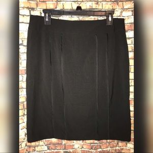 Sz 10P Sag Harbor Collection stretchy black skirt